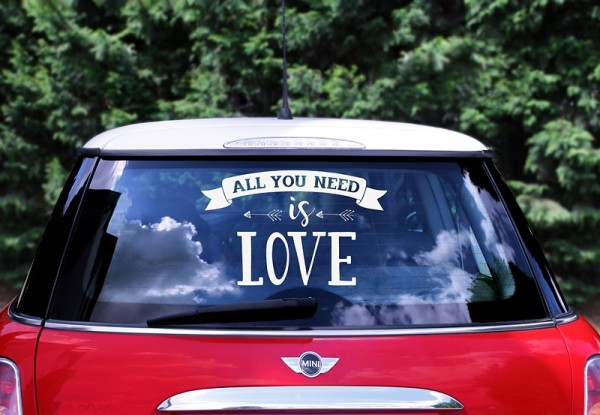 "Autoaufkleber Hochzeit ""All you need is love"""